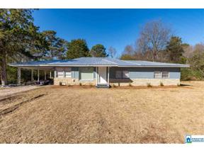 Property for sale at 4846 Lynndale Rd, Graysville,  Alabama 35073