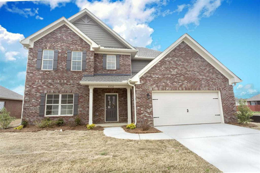 Photo of home for sale at 3777 Whispering Oak Dr, Bessemer AL