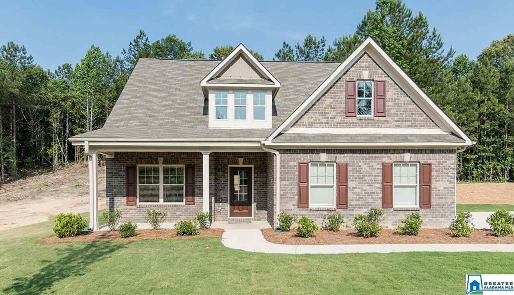 Photo of home for sale at 505 White Tail Run, Chelsea AL