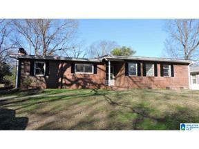 Property for sale at 853 Glen Oak Drive, Fairfield, Alabama 35064