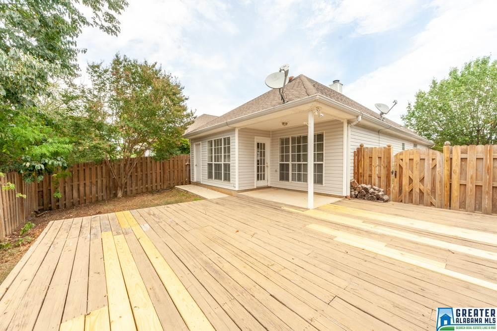 Photo of home for sale at 1080 Wyndham Ln, Helena AL