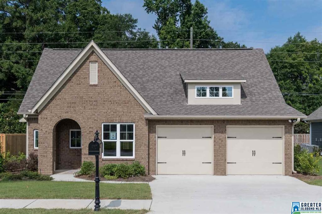 Photo of home for sale at 364 Shelby Farms Ln, Alabaster AL