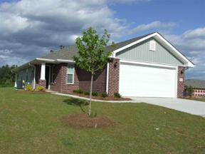 Property for sale at 3016 Village Ridge Dr, Calera,  Alabama 35040