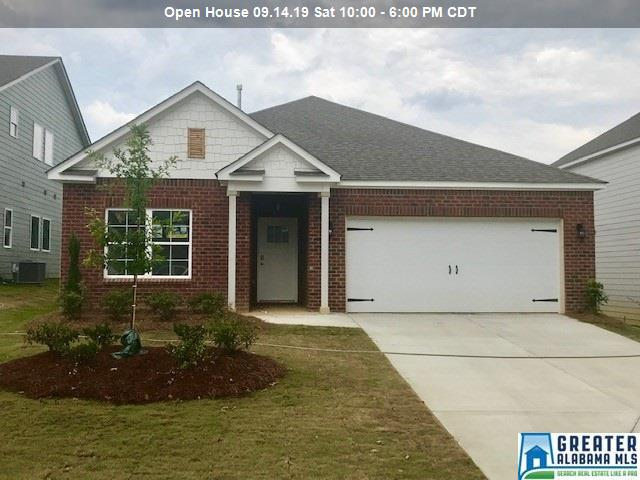 Photo of home for sale at 1064 Park View Dr, Chelsea AL