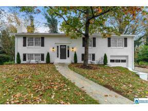 Property for sale at 2408 Regent Ln, Hoover,  Alabama 35226