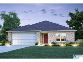 Property for sale at 375 Clear Creek Lane, Calera, Alabama 35040