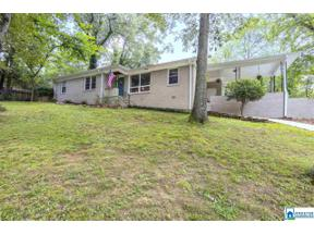 Property for sale at 3429 Crayrich Dr, Hoover,  Alabama 35226
