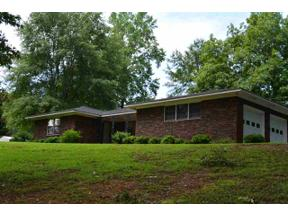 Property for sale at 157 Briarwood Terr, Centreville,  Alabama 35034