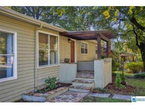 Property for sale at 2115 Pine Ln, Hoover,  Alabama 35226