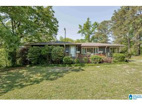 Property for sale at 304 Sun Valley Road, Center Point, Alabama 35215