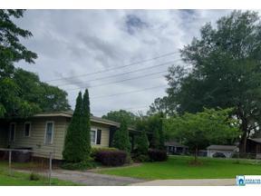 Property for sale at 415 Linden St, Trussville,  Alabama 35173