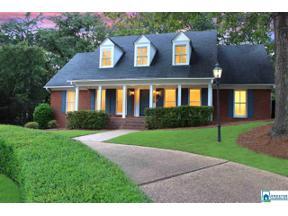 Property for sale at 2909 Berkeley Dr, Hoover,  Alabama 35242