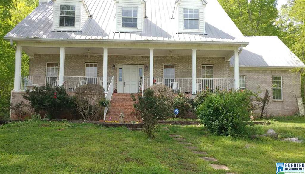 Photo of home for sale at 1743 Red Valley Rd, Remlap AL