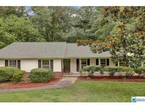 Property for sale at 1037 Shades Glen Dr, Homewood,  Alabama 35226