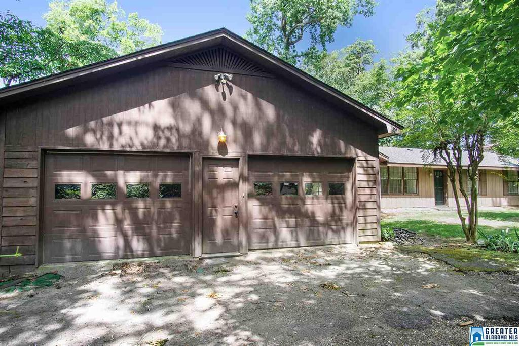 Photo of home for sale at 2248 Tyler Rd, Hoover AL