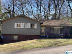 Property for sale at 1319 27th Ave N, Hueytown,  Alabama 35023