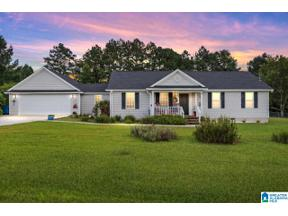 Property for sale at 266 Pleasant Valley Circle, Hayden, Alabama 35079