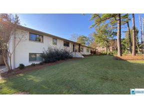 Property for sale at 2228 Jacobs Rd, Vestavia Hills,  Alabama 35216