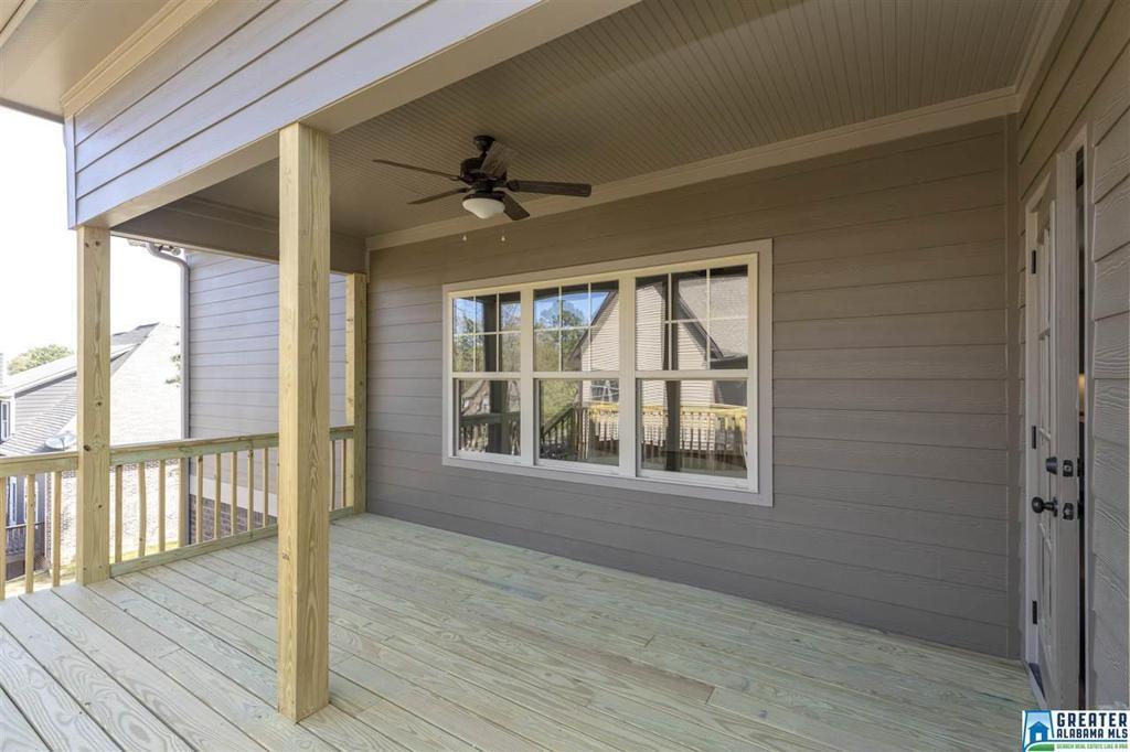 Photo of home for sale at 228 Wisteria Ln, Alabaster AL