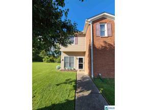Property for sale at 501 Hillsboro Ln, Helena,  Alabama 35080