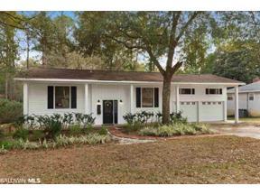 Property for sale at 132 Buena Vista Drive, Daphne,  Alabama 36526