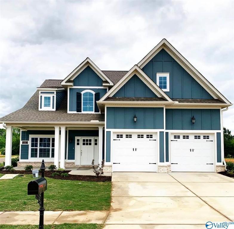 Photo of home for sale at 6601 Waxwood Drive, Madison AL