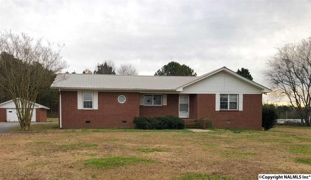 Photo of home for sale at Sewell Road, Leesburg AL