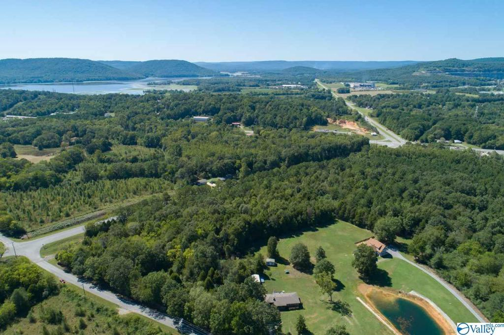 Photo of home for sale at 0 Goosepond Drive, Scottsboro AL