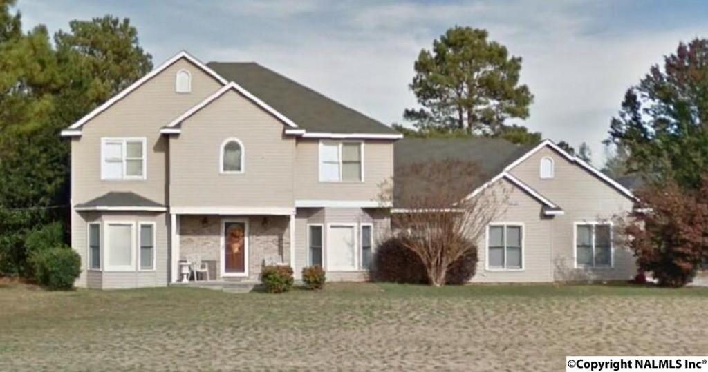Photo of home for sale at 103 Real Road, Harvest AL