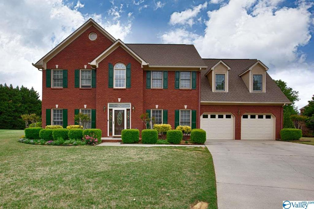 Photo of home for sale at 107 Ivy Chase Court, Madison AL