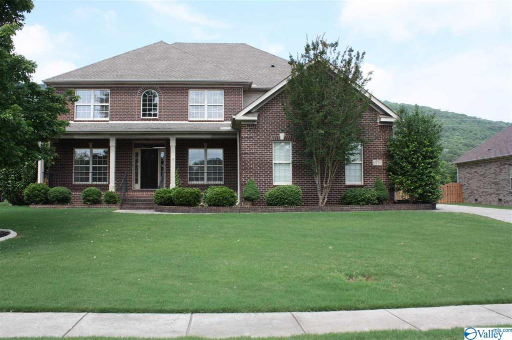 Photo of home for sale at 6711 Mountain Ledge Drive, Owens Cross Roads AL