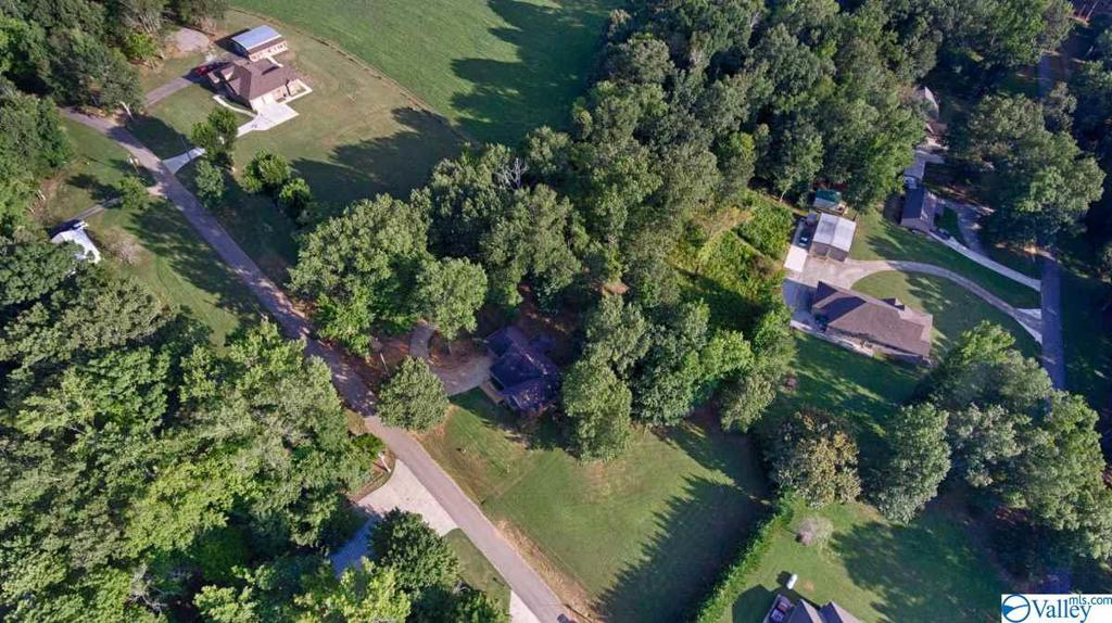 Photo of home for sale at 1 Lakeside Estates Road, Athens AL
