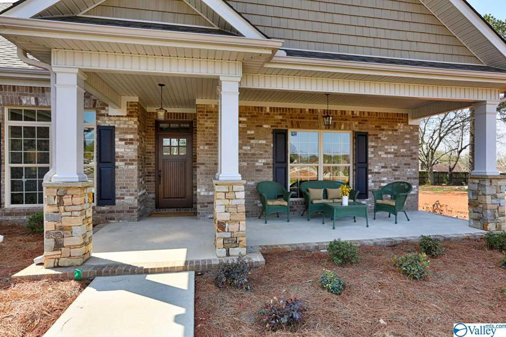 Photo of home for sale at 121 Park Trail Drive, Madison AL