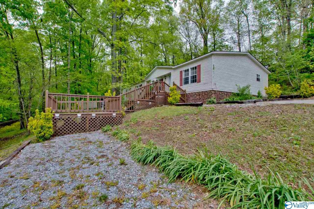 Photo of home for sale at 18803 Eureka Way, Elkmont AL