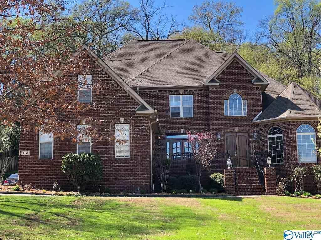 Photo of home for sale at 118 Windy Way Drive, Madison AL