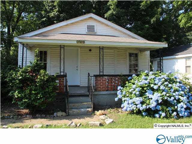 Photo of home for sale at 2509 Freeman Road, Huntsville AL
