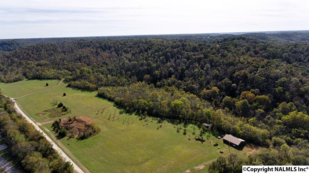 Photo of home for sale at Veto Road, Elkmont AL