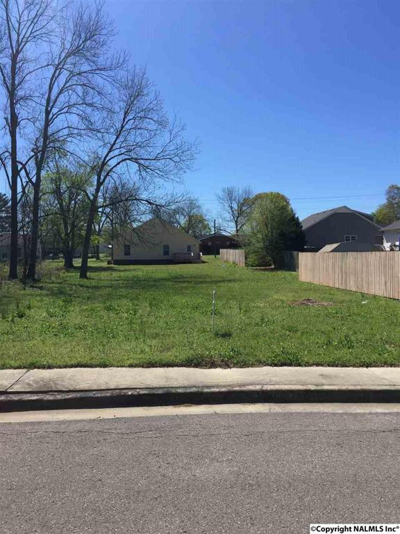 Photo of home for sale at Pine Street, Hartselle AL
