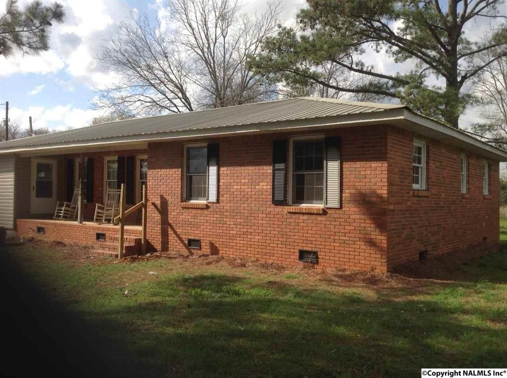 Photo of home for sale at Alabama Highway 157, Danville AL