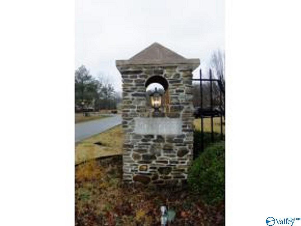 Photo of home for sale at lot 68 Montcrest Drive S, Cullman AL