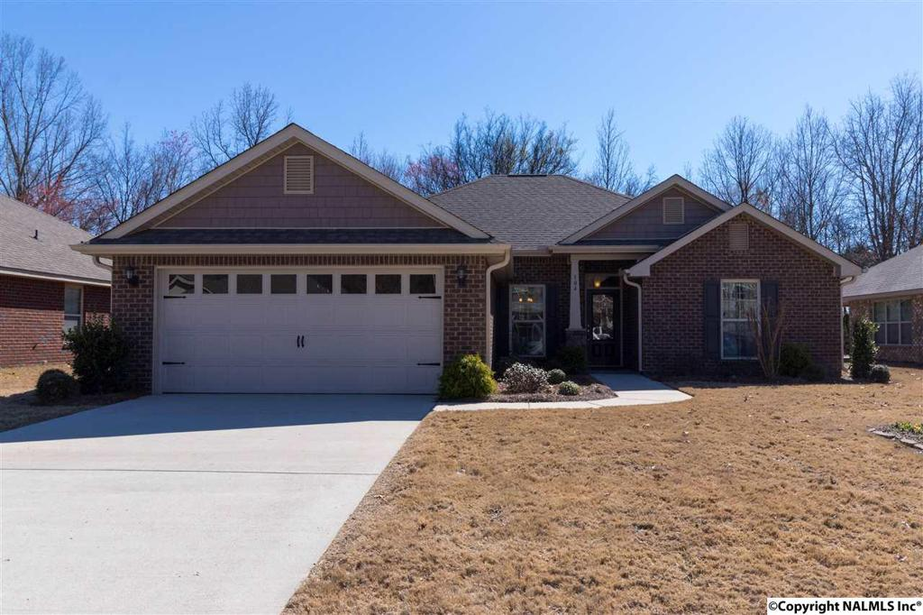 Photo of home for sale at Summit Lakes Drive, Athens AL