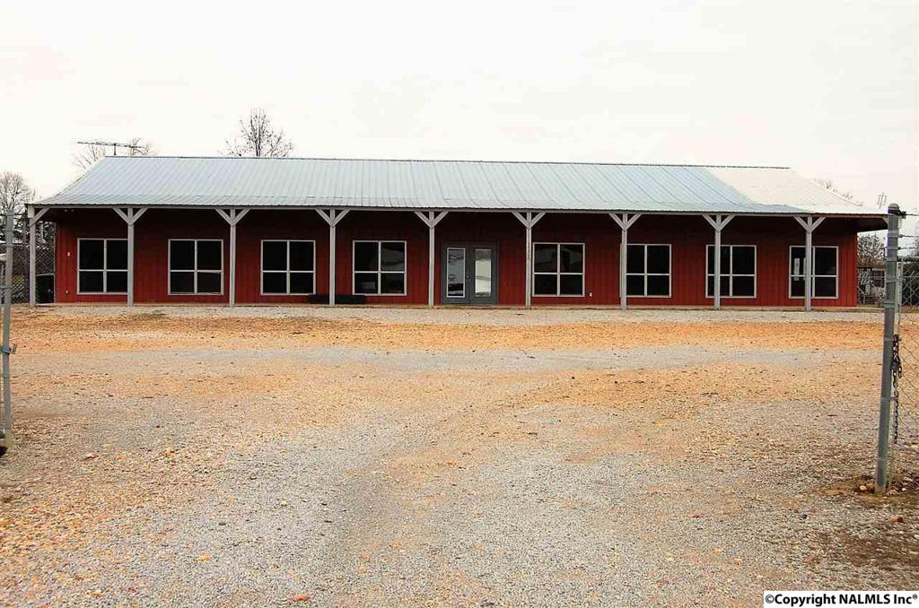 Photo of home for sale at Alabama Hwy 157, Town Creek AL