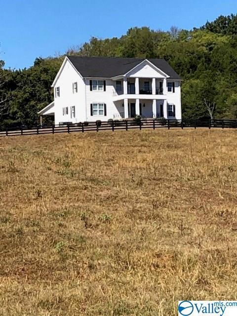 Photo of home for sale at 801 Old Railroad Bed Road, Taft TN