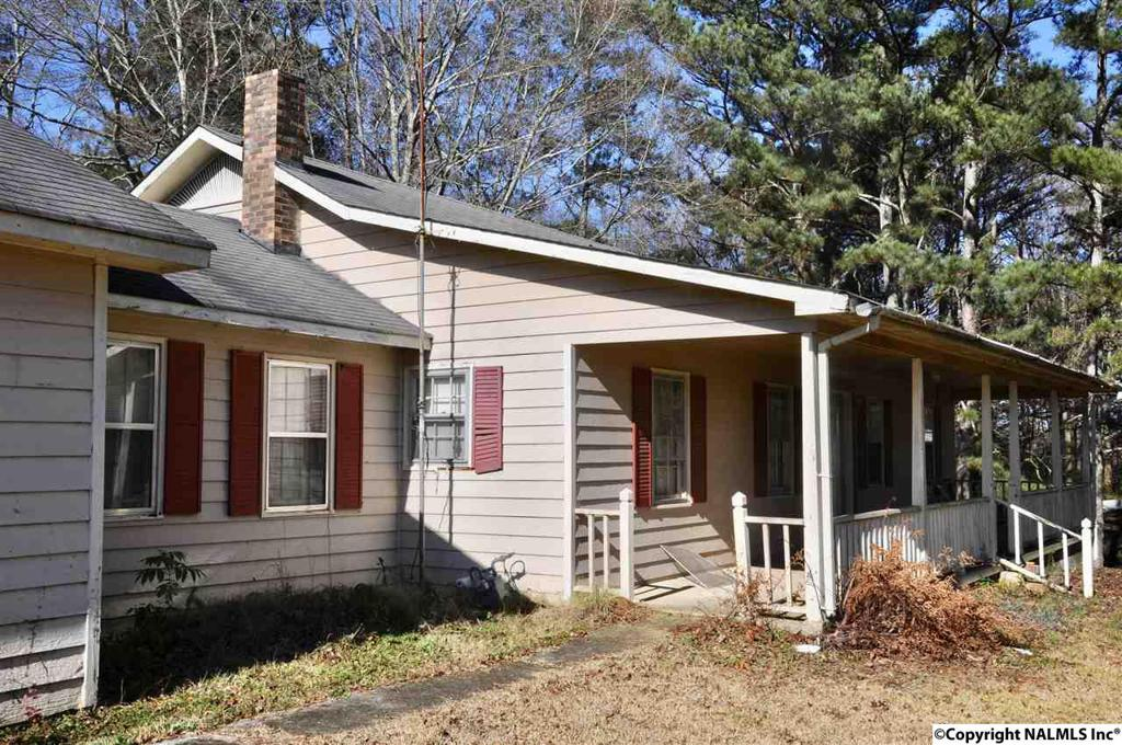 Photo of home for sale at 578 County Road 1834, Arab AL