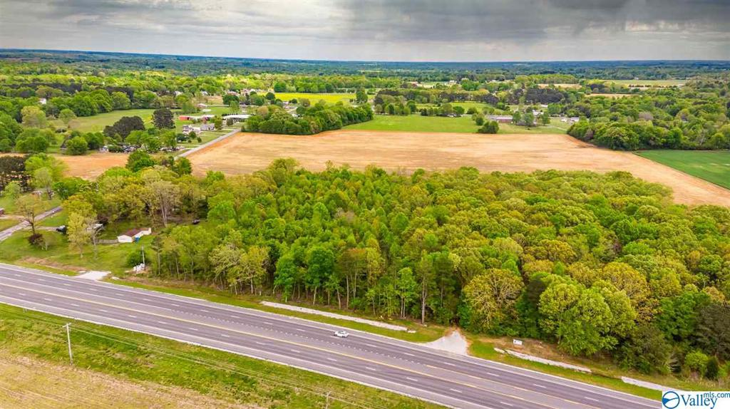 Photo of home for sale at 00 Hwy 43, Killen AL