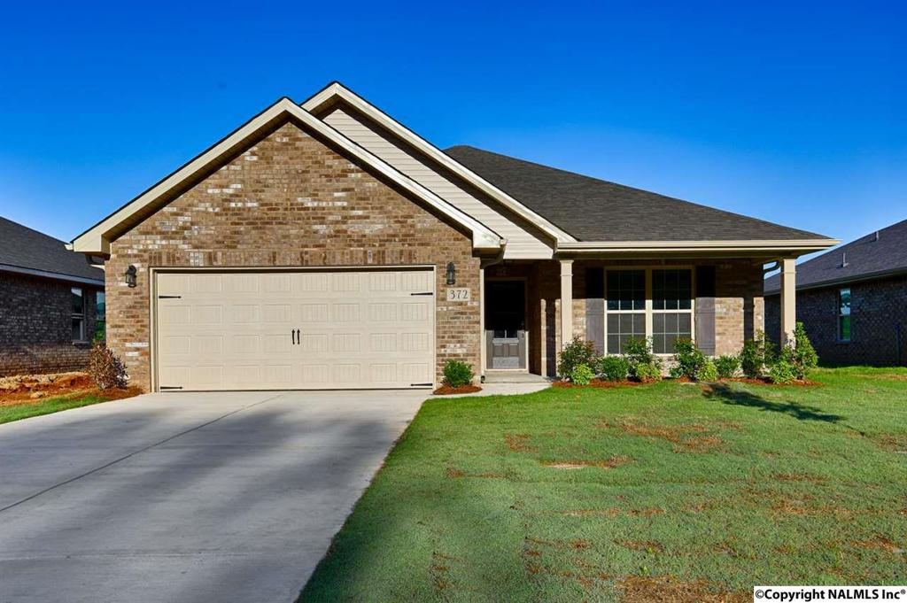 Photo of home for sale at Willow Bank Circle, Priceville AL