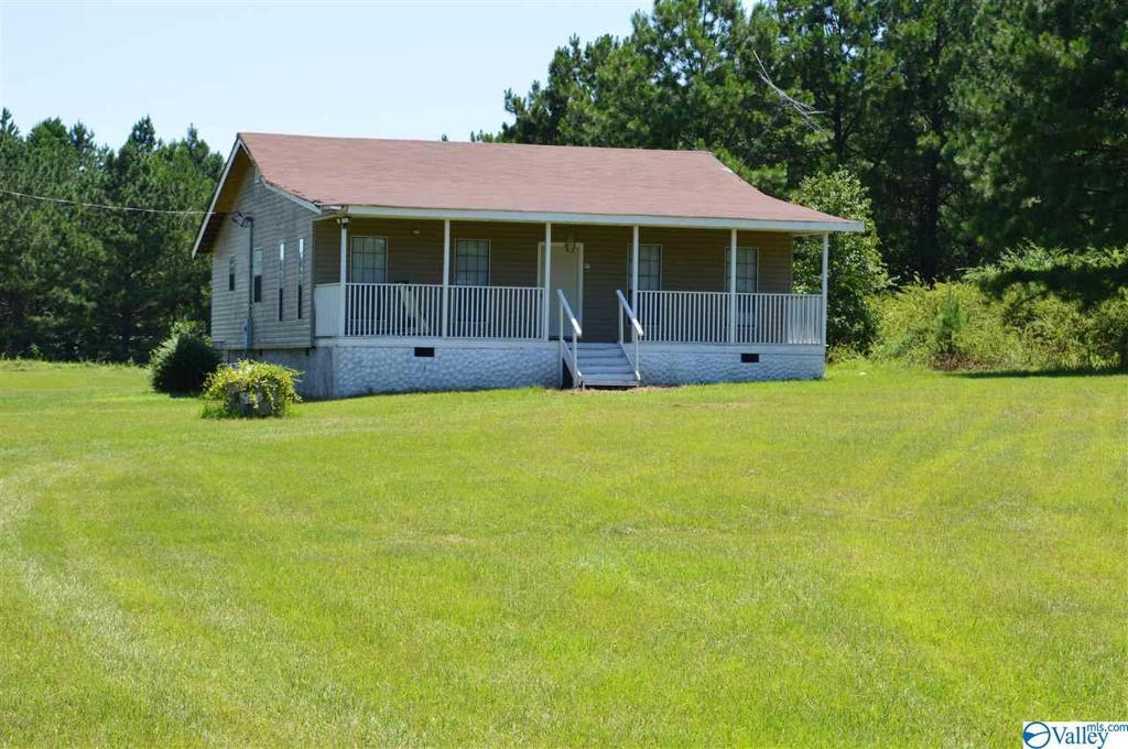 Photo of home for sale at 980 County Road 653, Centre AL