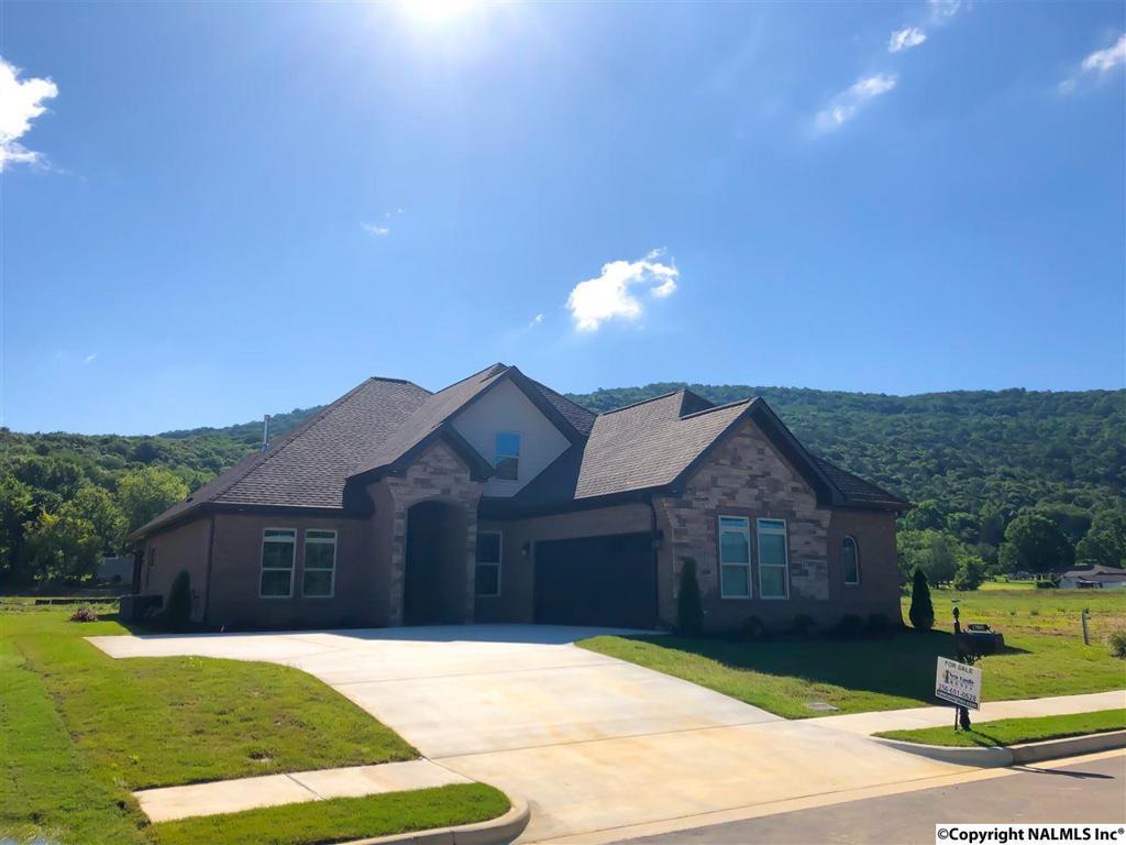 Photo of home for sale at River Pier Drive, Huntsville AL