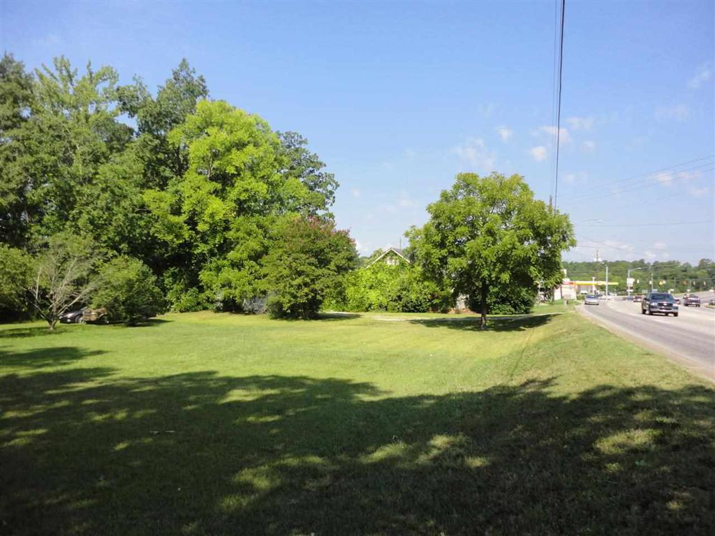 Photo of home for sale at Highway 77, Rainbow City AL