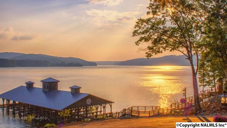 Photo of home for sale at Fall Creek Drive, Guntersville AL